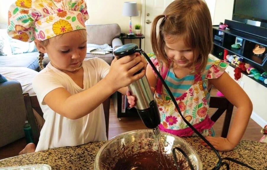 kids sleepover cooking